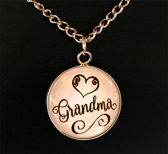 Grandma Necklace on Card - Grandma Gifts - Santa Shop Gifts