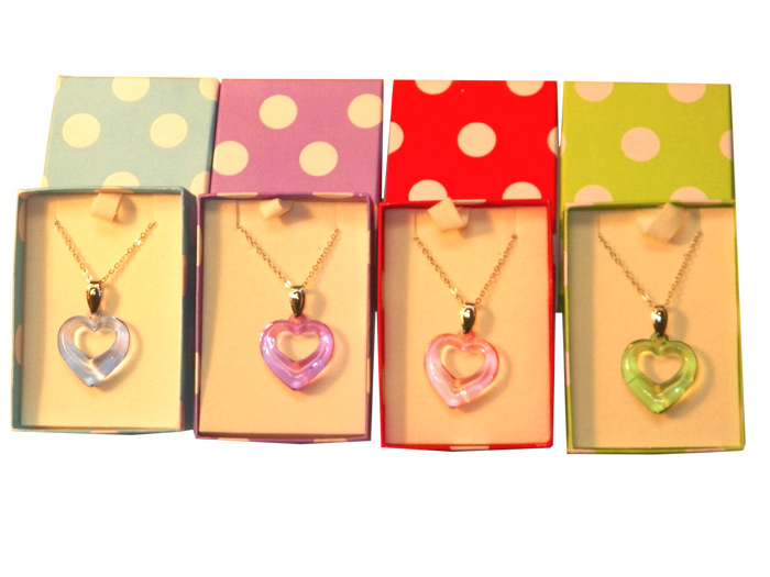 Heart Necklace in Polka Dot Box - Jewelry Gifts - Santa Shop Gifts